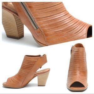 Cayanne Leather Peep Toe Sandal PAUL GREEN Sz 5.5